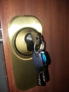 cambio de llaves puerta blindada - Cerrajero de Madrid - www.cerrajero-de-madrid.es