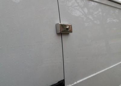 colocacion de cerraduras adicionales para vehiculos
