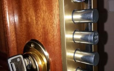 instalacion de bombillo multlock mt5