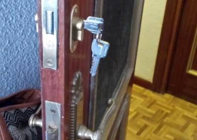 instalacion de cerraduras para puertas de interior
