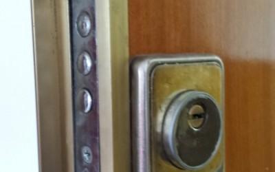 reparacion cerradura puertas herrero