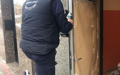 reparacion de puertas de aluminio