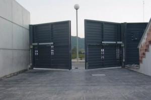 reparacion y motorizacion puertas de garaje - Cerrajero de Madrid - www.cerrajero-de-madrid.es