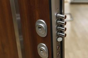 Outlet-Puertas-Acorazadas-Kiuso_MG_5911